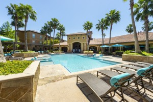 Three Bedroom Apartments for Rent in Northwest Houston, TX -Pool Area (3)